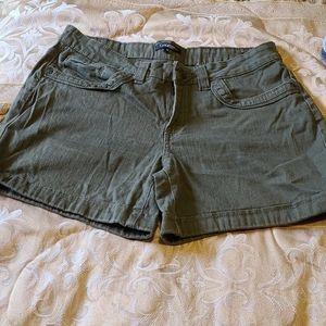 Ladies shorts kaki